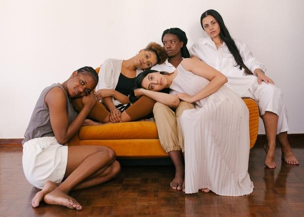 women-frauennetzwwerk-diversity-diversität-poc-femboss-humpday-zoom-network-femaleempowerment
